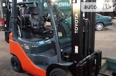 Toyota 02-8FGF15 2015 в Києві