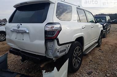 Седан Toyota 4Runner 2019 в Киеве