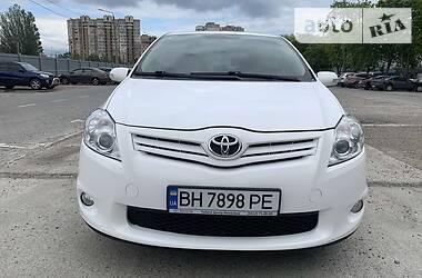 Хэтчбек Toyota Auris 2012 в Одессе