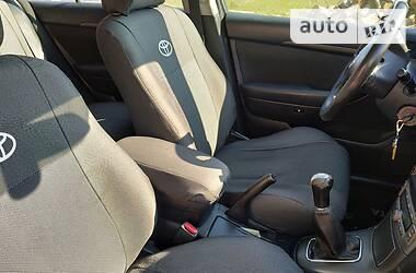 Toyota Avensis 2004 в Глыбокой