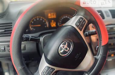 Седан Toyota Avensis 2011 в Снятині
