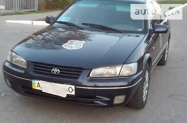 Toyota Camry 1997 в Харькове