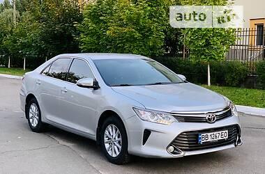 Седан Toyota Camry 2015 в Киеве