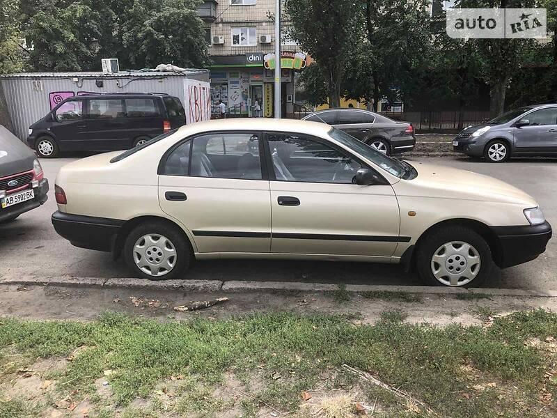Toyota Carina E 1992 в Киеве