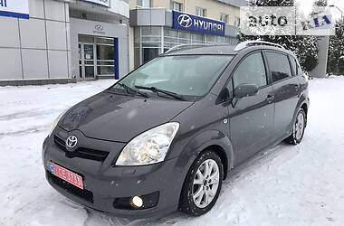 Toyota Corolla Verso 2009 в Ровно