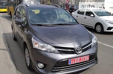 Toyota Corolla Verso 2015 в Києві