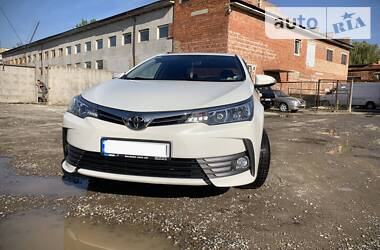 Toyota Corolla 2017 в Ивано-Франковске