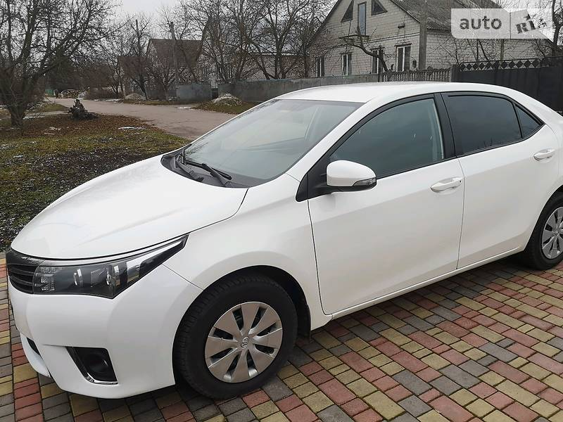 Toyota Corolla 1.6 OFFICIAL