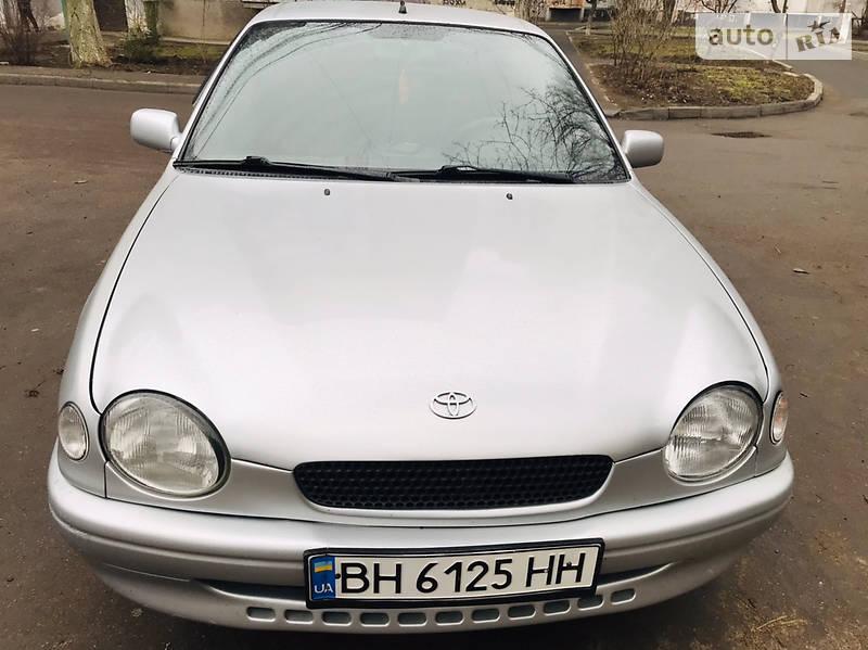 Хетчбек Toyota Corolla 1999 в Одесі