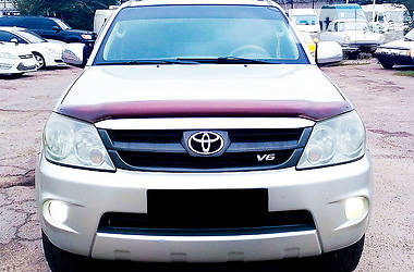 Toyota Fortuner 2005 в Запорожье