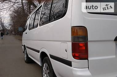 Toyota Hiace пасс. 1995 в Кривом Роге