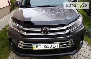 Toyota Highlander 2016 в Болехове