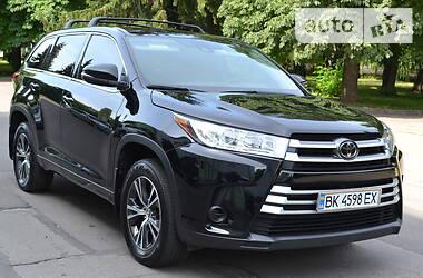 Toyota Highlander 2017 в Ровно