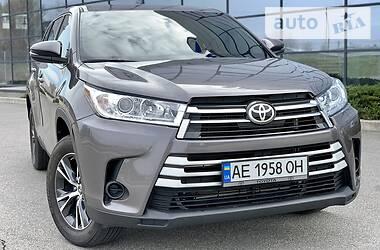 Внедорожник / Кроссовер Toyota Highlander 2019 в Днепре