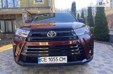 Toyota Highlander 2016 в Черновцах
