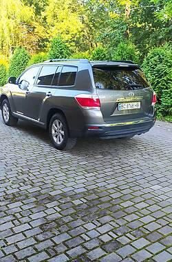 Универсал Toyota Highlander 2011 в Самборе
