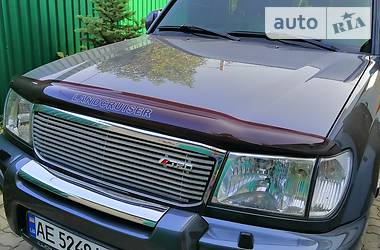 Позашляховик / Кросовер Toyota Land Cruiser 100 2003 в Дніпрі