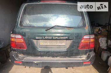 Внедорожник / Кроссовер Toyota Land Cruiser 100 1998 в Ровно