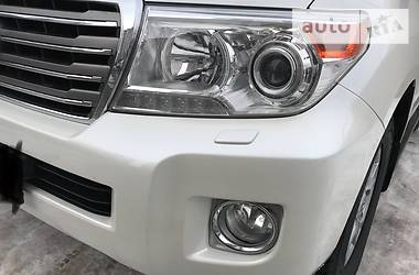 Toyota Land Cruiser 200 New  2013
