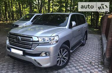 Toyota Land Cruiser 200 2017 в Полтаве