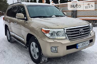 Toyota Land Cruiser 200 2014 в Киеве