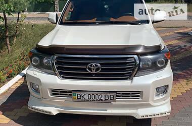Toyota Land Cruiser 200 2015 в Вараше