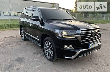 Toyota Land Cruiser 200 2017 в Житомире