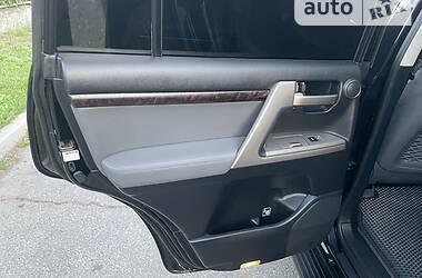 Позашляховик / Кросовер Toyota Land Cruiser 200 2011 в Дніпрі