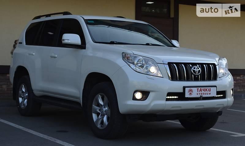 Toyota Land Cruiser Prado 2011 года