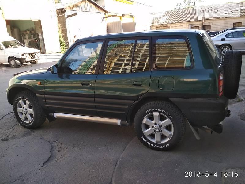 Toyota Rav 4 1999 в Киеве