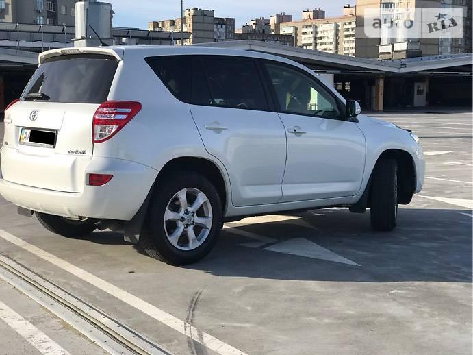 Toyota RAV4 2013 в Києві