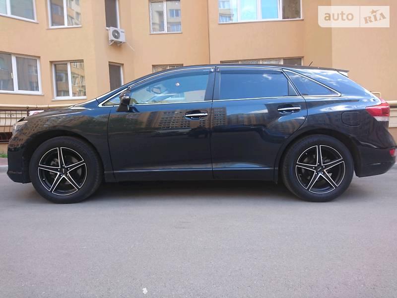 Toyota Venza 2015 года в Киеве