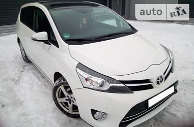 Toyota Verso 2014 в Сумах