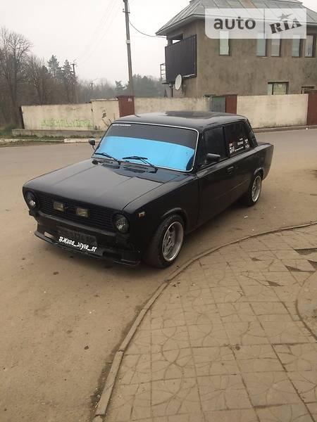 Lada (ВАЗ) 2101 1983 года в Черновцах