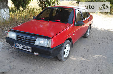 ВАЗ 21099 1993 в Херсоне