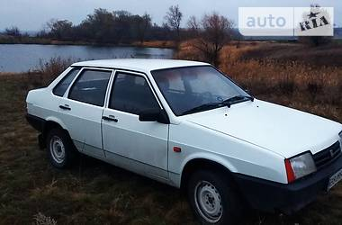 ВАЗ 21099 1992 в Луганске
