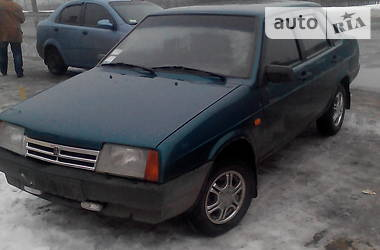 ВАЗ 21099 2001 в Раздельной