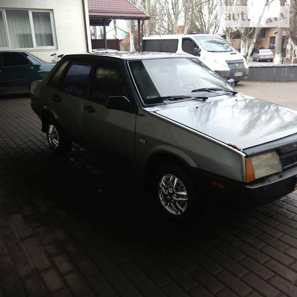 Lada (ВАЗ) 21099 1995 года в Донецке