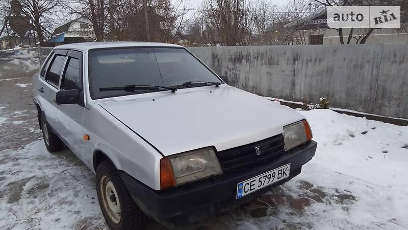 Lada (ВАЗ) 21099 2003 года в Черновцах