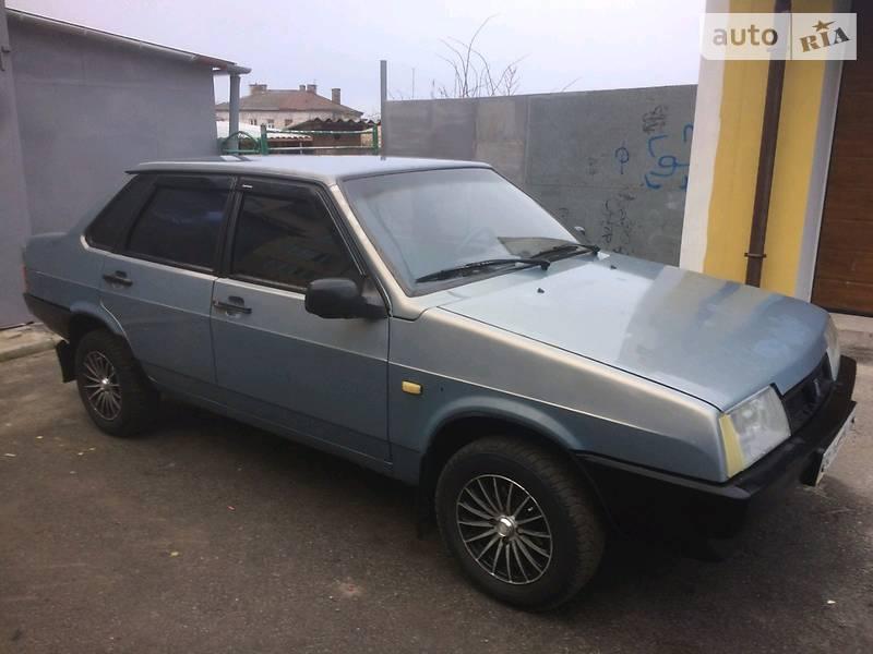 ВАЗ 21099 2003 в Золочеве