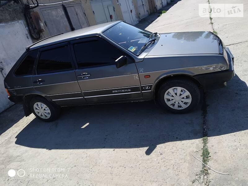 ВАЗ 2109 1991 в Новоднестровске