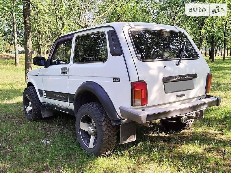 ВАЗ 21214 2010 в Николаеве