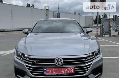 Седан Volkswagen Arteon 2018 в Киеве