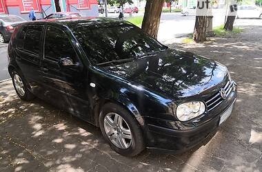 Хэтчбек Volkswagen Golf IV 2002 в Краматорске