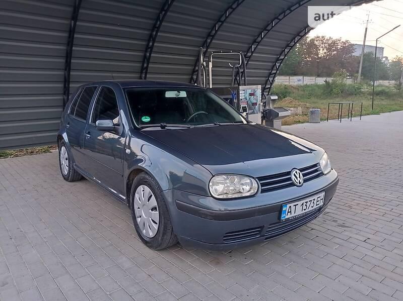 Volkswagen Golf IV Ridna farba