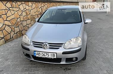 Хэтчбек Volkswagen Golf V 2004 в Могилев-Подольске