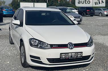 Хэтчбек Volkswagen Golf VII 2015 в Львове