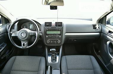 Седан Volkswagen Jetta 2010 в Полтаве