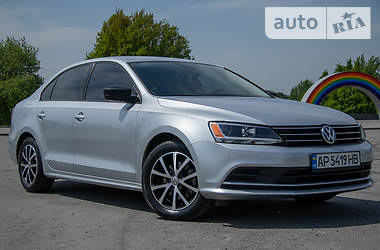 Седан Volkswagen Jetta 2015 в Запорожье
