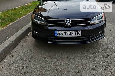 Седан Volkswagen Jetta 2015 в Киеве
